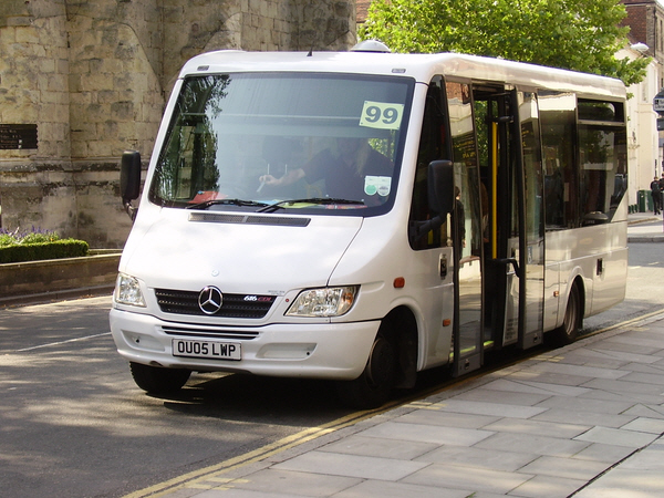 Compass travel sussex ltd fleet for Mercedes benz minibuses