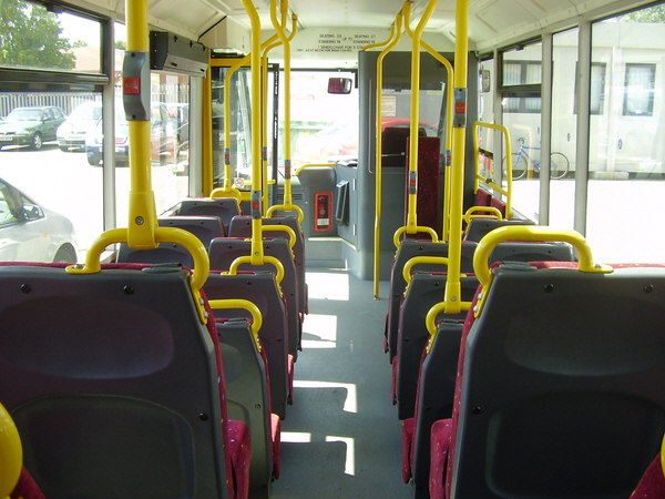 Optare Solo Bus Mx06acy_int_fwd